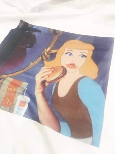 Cinderella Eating Burger T-Shirt eGirl Aesthetic photo review