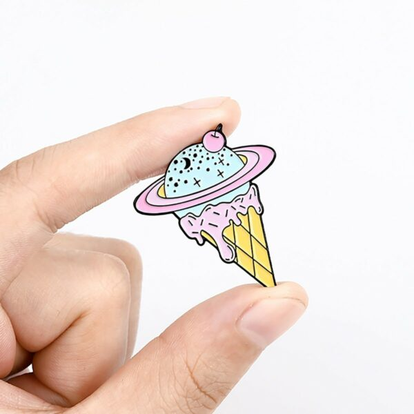 Pastel Planet Saturn Ice Cream Enamel Pin Badge 2 - Orezoria Aesthetic Outfits Shop - eGirl Outfits - Soft Girl Outfits