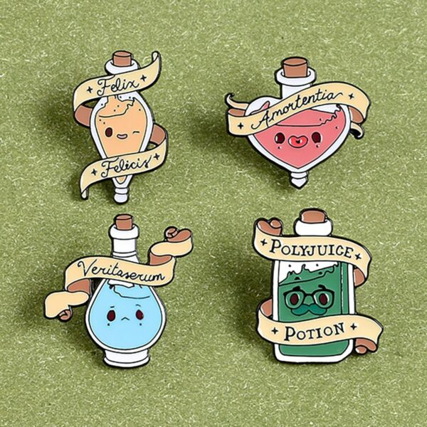 Polyjuice Potion Harry Potter Enamel Pin Badge 2 - Orezoria Aesthetic Outfits Shop - eGirl Outfits - Soft Girl Outfits
