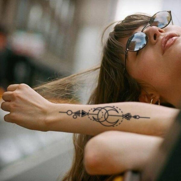 Crescent Moon Goddess Sign Temporary Tattoo 2- Orezoria Aesthetic Outfits Shop - eGirl Outfits - Soft Girl Outfits