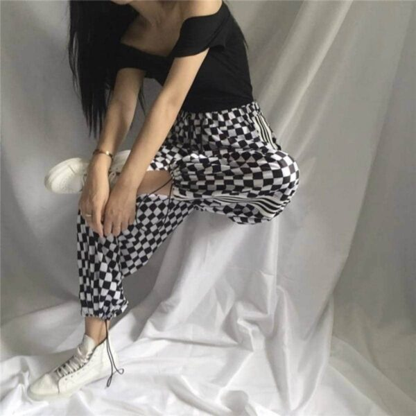 Checkered Grid Sport Loose Grunge Pants.1- Orezoria Aesthetic Outfits Shop - Aesthetic Clothing - eGirl Outfits - Soft Girl Outfits