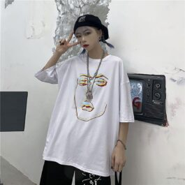 Chromatic Aberration Face Sketch T-Shirt 1 - Orezoria Aesthetic Outfits Shop - Aesthetic Clothing - eGirl Outfits - Soft Girl Outfits