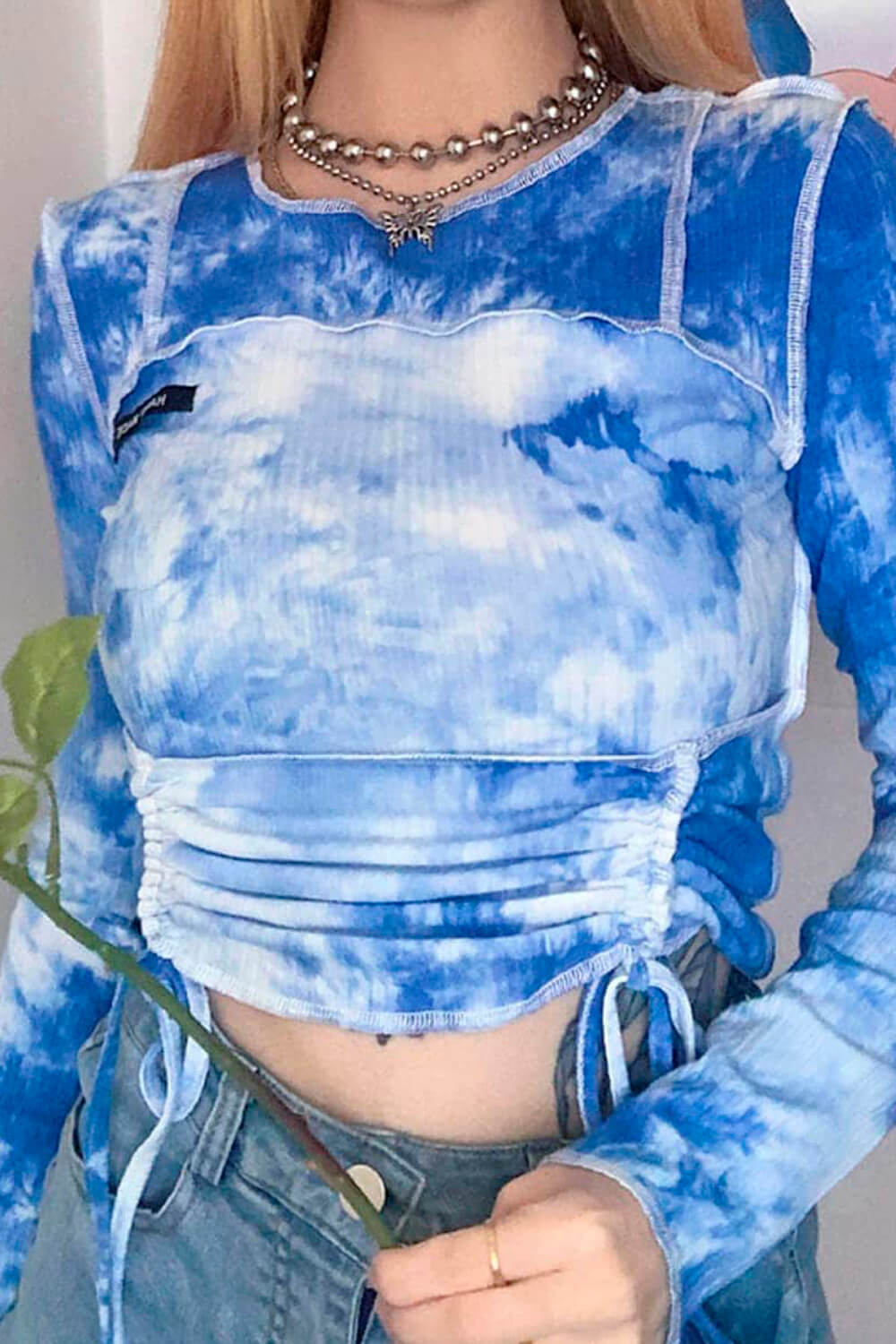 Cloudy Sky Outer Stitches Crop Top