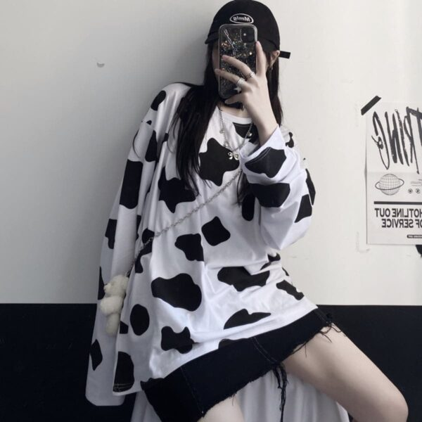 Cow Pattern Oversized Long Sleeve 1- Orezoria Aesthetic Outfits Shop - Aesthetic Clothing - eGirl Outfits - Soft Girl Outfits