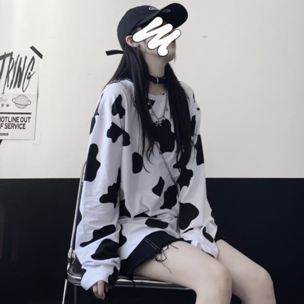 Cow Pattern Oversized Long Sleeve 3- Orezoria Aesthetic Outfits Shop - Aesthetic Clothing - eGirl Outfits - Soft Girl Outfits