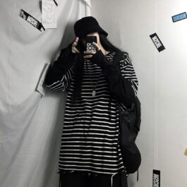 Fake Sleeve Loose Striped Tee 1- Orezoria Aesthetic Outfits Shop - Aesthetic Clothing - eGirl Outfits - Soft Girl Outfits