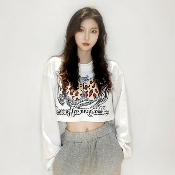 Gepard Butterfly Wings Sweatshirt 3- Orezoria Aesthetic Outfits Shop - Aesthetic Clothing - eGirl Outfits - Soft Girl Outfits