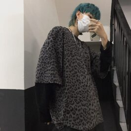 Leopard Cat Core Aesthetic Loose T-Shirt 2 - Orezoria Aesthetic Outfits Shop - Aesthetic Clothing - eGirl Outfits - Soft Girl Outfits