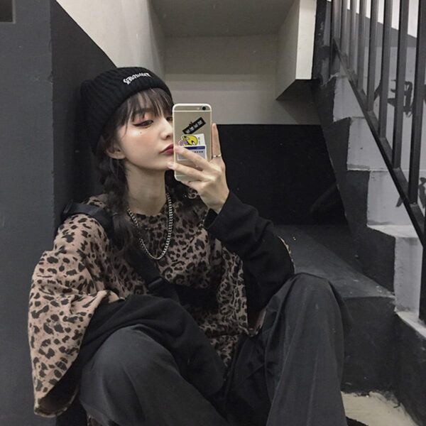 Leopard Cat Core Aesthetic Loose T-Shirt 3 - Orezoria Aesthetic Outfits Shop - Aesthetic Clothing - eGirl Outfits - Soft Girl Outfits