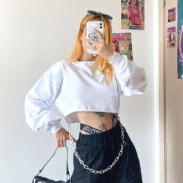 Oversized Cropped Sweatshirt With Chain 1- Orezoria Aesthetic Outfits Shop - Aesthetic Clothing - eGirl Outfits - Soft Girl Outfits