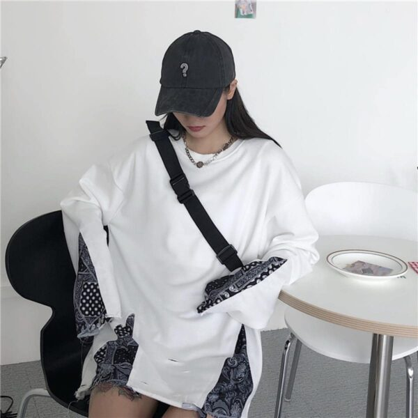 Paisley Pattern KPOP Grunge Sweatshirt 4- Orezoria Aesthetic Outfits Shop - Aesthetic Clothing - eGirl Outfits - Soft Girl Outfits