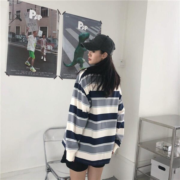 Retro Contrast Stripped Sweatshirt 4- Orezoria Aesthetic Outfits Shop - Aesthetic Clothing - eGirl Outfits - Soft Girl Outfits