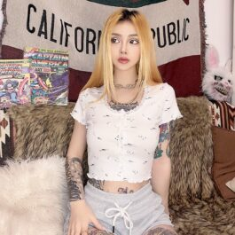 Spica Floral White Laced Vintage Top 1- Orezoria Aesthetic Outfits Shop - Aesthetic Clothing - eGirl Outfits - Soft Girl Outfits