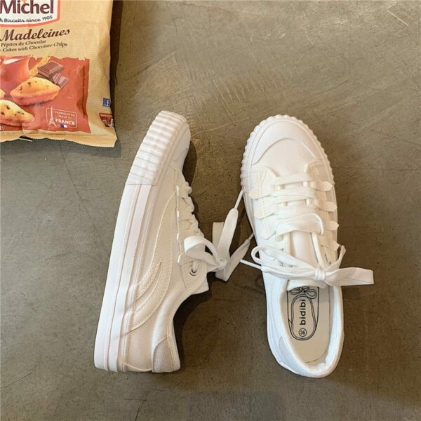 White Retro Aesthetic Canvas Shoes 3- Orezoria Aesthetic Outfits Shop - Aesthetic Clothing - eGirl Outfits - Soft Girl Outfits