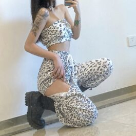 White Snow Leopard Loose Aesthetic Pants 1 - Orezoria Aesthetic Outfits Shop - Aesthetic Clothing - eGirl Outfits - Soft Girl Outfits