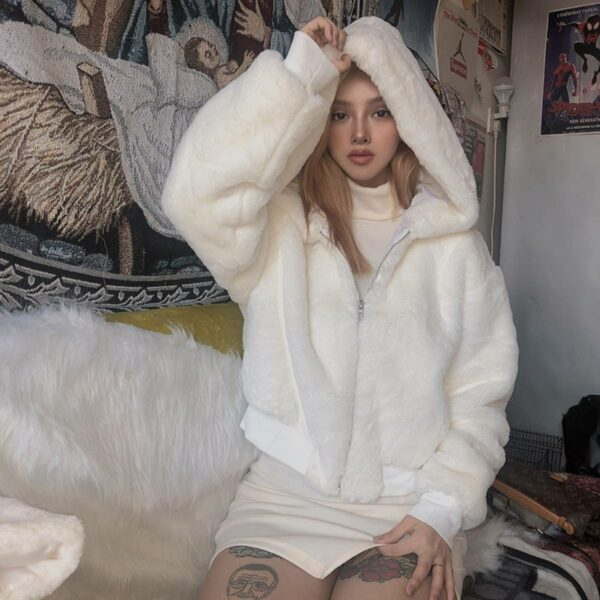White Soft Plush Padded Crop Coat.1- Orezoria Aesthetic Outfits Shop - Aesthetic Clothing - eGirl Outfits - Soft Girl Outfits