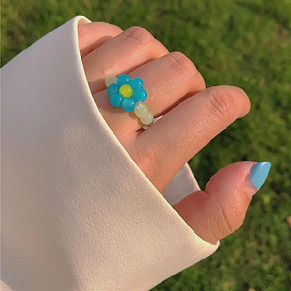 Hand Crafted Beads Flower Ring - Aesthetic Clothes, EGirl Outfits - Orezoria Shop